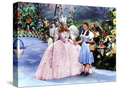 The Wizard of Oz, Billie Burke, Judy Garland, 1939