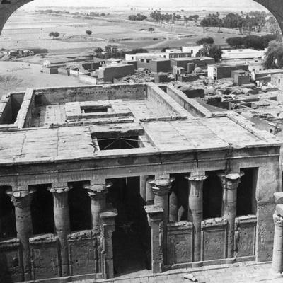 https://imgc.artprintimages.com/img/print/the-wonderfully-preserved-temple-at-edfu-egypt-1905_u-l-q10lrg30.jpg?p=0