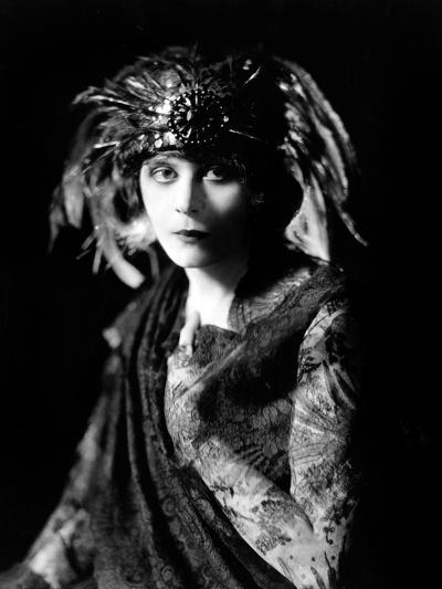 Theda Bara in the Broadway Show the Blue Flame, 1920--Photo