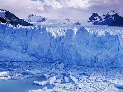 Moreno Glacier and Lago Argentino