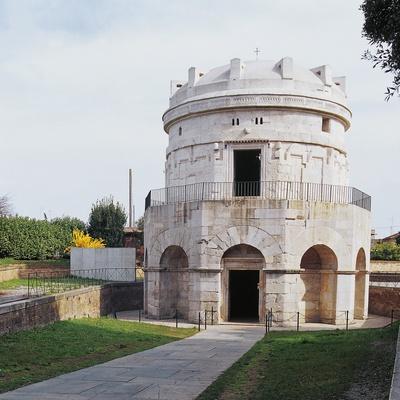 https://imgc.artprintimages.com/img/print/theodoric-s-mausoleum_u-l-ppfivx0.jpg?p=0
