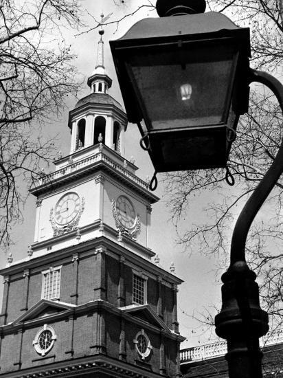 This View Shows Independence Hall--Photographic Print