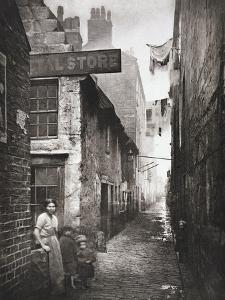 Old Closes and Streets: Old Vennel Off High Street, c.1868 by Thomas Annan
