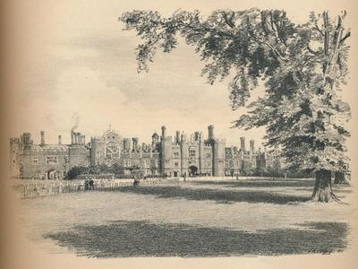 The West Front of Hampton Court Palace, 1902