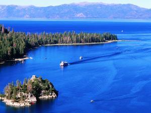 Emerald Bay, Lake Tahoe, California by Thomas Winz