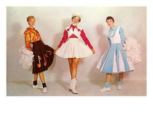 Three Cheerleaders, Retro