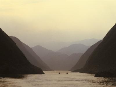 Three Gorges, Yangtze River, China-Keren Su-Photographic Print