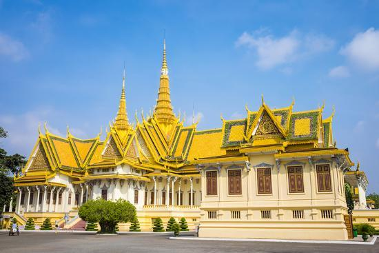 Throne Hall (Preah Thineang Dheva Vinnichay) and Hor Samrith Phimean of the Royal Palace-Jason Langley-Photographic Print