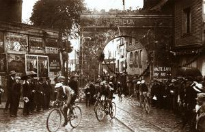 Through the Gates of Verdun, 1922