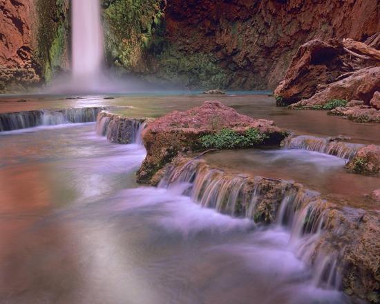 tim-fitzharris-mooney-falls-cascading-into-havasu-creek-grand-canyon-national-park-arizona
