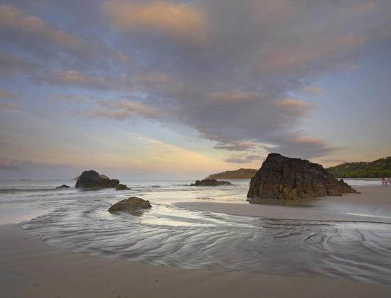 tim-fitzharris-playa-espadilla-manuel-antonio-national-park-costa-rica