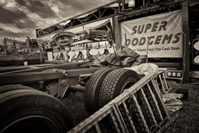 Fairground by Tim Kahane
