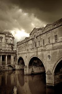 Pulteney Bridge, Bath, England by Tim Kahane