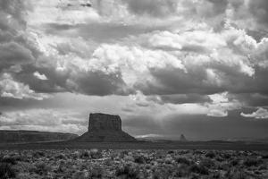 Monument Valley by Tim Oldford