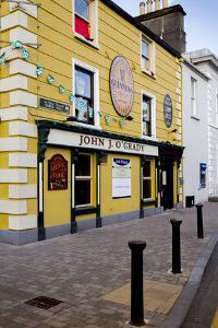 John J. O'Grady Pub in Westport by Tim Thompson