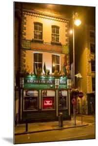 The Bachelor Inn in Dublin by Tim Thompson