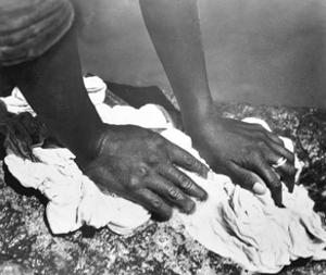 Hands of a Woman, Mexico, 1926 by Tina Modotti