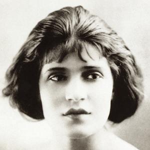 Tina Modotti in Hollywood, 1920