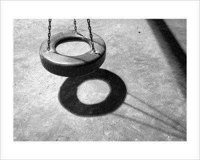 https://imgc.artprintimages.com/img/print/tire-swing_u-l-f2xi950.jpg?p=0