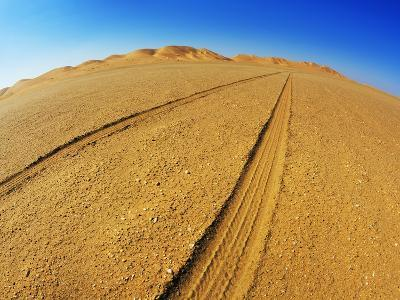 Tire tracks in the sand-Frank Krahmer-Photographic Print