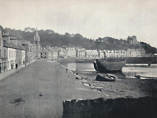'Tobermory - General View of the Town', 1895-Unknown-Photographic Print