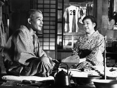 Tokyo Story, (AKA Tokyo Monogatari), Chishu Ryu, Chieko Higashiyama, 1953--Photo
