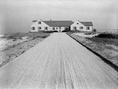 House & Garden - June 1947 - Gravel Driveway
