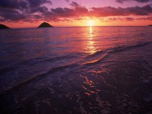 Sunrise in Hawaii by Tomas del Amo