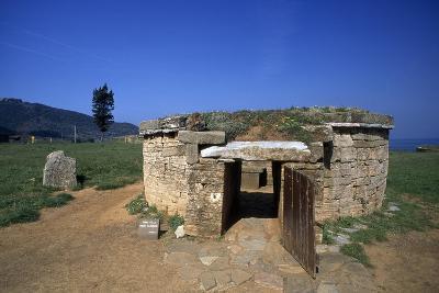 Tomb of Cylindrical Ciboria--Giclee Print
