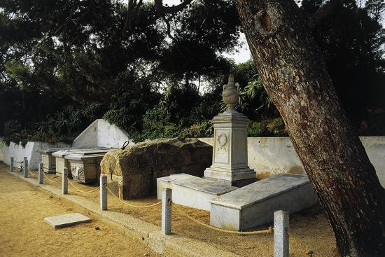 Tomb of Giuseppe Garibaldi in Centre of Family Cemetery--Photographic Print