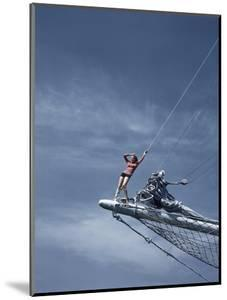 Vogue - July 1940 - On the Prow by Toni Frissell