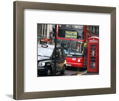 London Buses and Taxis in Heavy Traffic