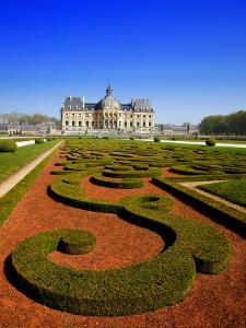 Parc Du Chateau De Vaux-Le-Vicomte by Tony Burns