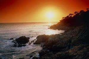 Sunset Over the Coastline of Big Sur, California by Tony Craddock
