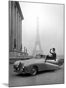 Model Wearing Jacques Fath Ensemble Beside 1947 Model Delahaye Automobile by Tony Linck