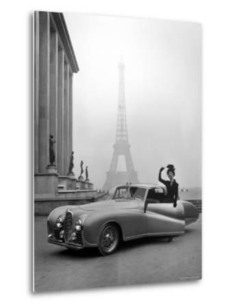 Model Wearing Jacques Fath Ensemble Beside 1947 Model Delahaye Automobile