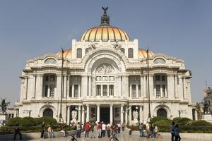 Palacio De Belles Artes and Torre Latinoamericana, Mexico City, Mexico, North America by Tony Waltham