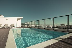 Outdoor Swimming Pool at the House Roof by topdeq