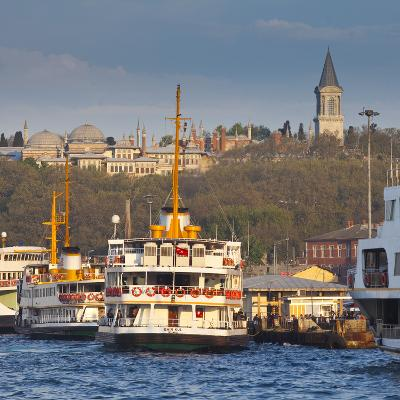 Topkapi Palace and Ferries on the Waterfront of the Golden Horn, Istanbul, Turkeyistanbul, Turkey-Jon Arnold-Photographic Print