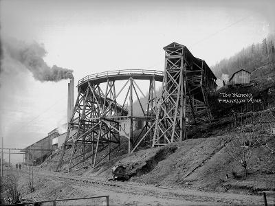 Topworks Franklin Mine, 1902-Asahel Curtis-Giclee Print