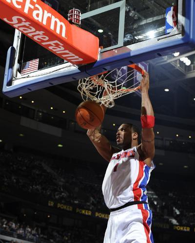 Toronto Raptors v Detroit Pistons: Tracy McGrady-Allen Einstein-Photo