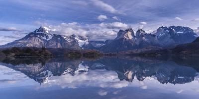 Torres Del Paine-Vladimir Driga-Photographic Print