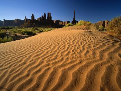 Totem Pole and Sand Springs, Monument Valley Tribal Park, Arizona, USA-Lee Frost-Photographic Print