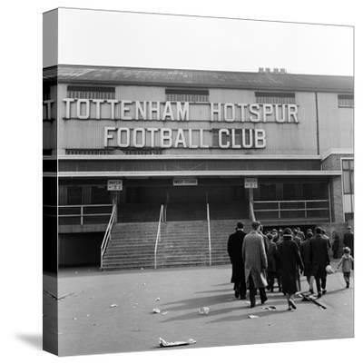 Tottenham Football Club, 1962-Monte Fresco O.B.E.-Stretched Canvas Print
