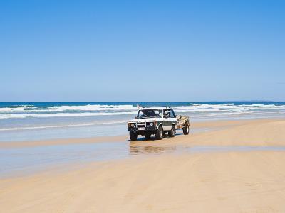 Tourists on 75 Mile Beach Self Drive 4x4 Tour of Fraser Is, UNESCO World Heritage Site, Australia-Matthew Williams-Ellis-Photographic Print