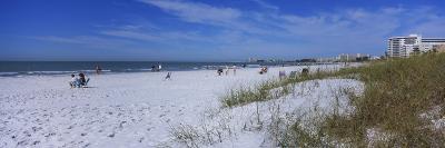 Tourists on the Beach, Crescent Beach, Gulf of Mexico, Siesta Key, Florida, USA--Photographic Print