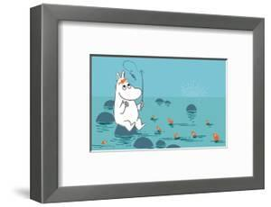 Moomintroll Fishing by Tove Jansson