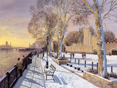 Tower of London-Clive Madgwick-Giclee Print