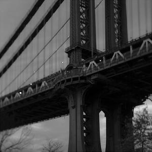 Manhattan Bridge 2 by Tracey Telik