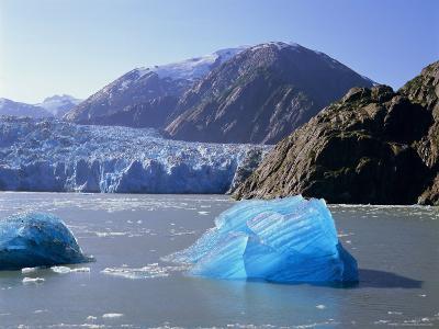 Tracy Arm Glacier, Alaska, USA-Gavin Hellier-Photographic Print